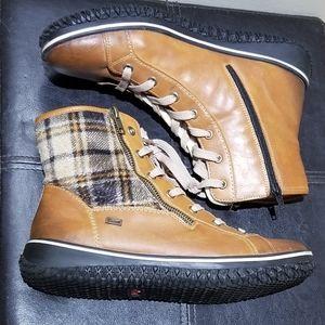 RIEKER Sherpa-lined Winter boots (Size 9.5)
